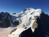 Les Ecrins vus depuis le sommet de Rocha Faurio.