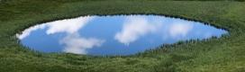 La nature s'habille en Magritte (Lac des Cordes, Vallée des Fonts, 2 août 2018)